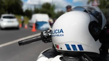 Polémica reforma do SEF. Agentes da polícia defendem diretor nacional da PSP